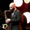 «Cliff Hangin», le bol de fraicheur du saxophoniste Eli Degibri.