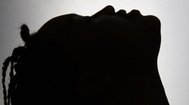 """Tiki Black dévoile sa musique dans """"Out of the Black"""""""