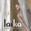 """""""Come a little closer"""" de Laïka Fatien, un hymne à la sensualité."""