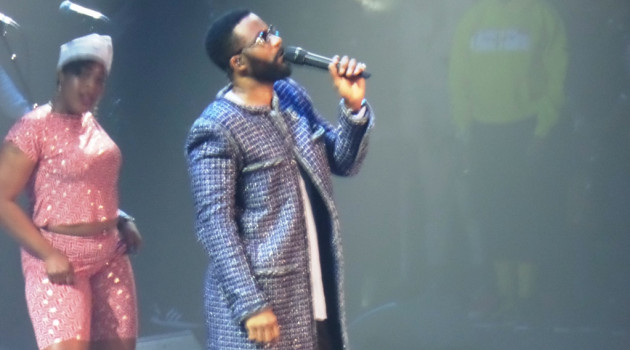 Fally IPUPA marque le point à Paris.
