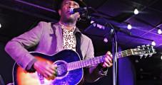 Le Blues de Bai Kamara Jr à l'épreuve du blues de la crise sociale…