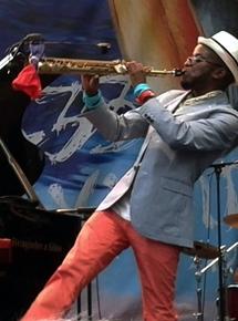 Jazz à Vienne 2014, Jowee Omicil envoute le public de la scène Cybèle.