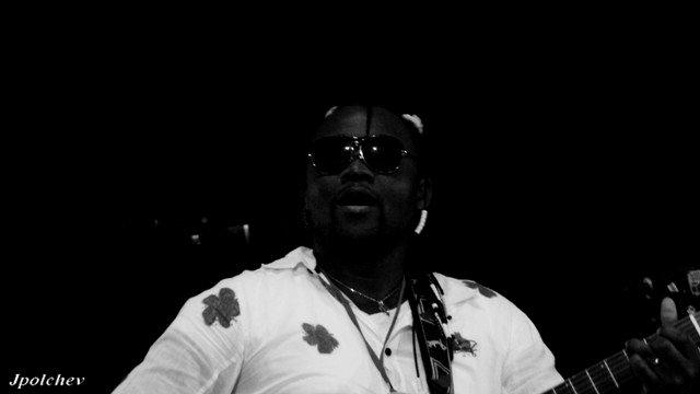 Olivier Tshimanga, un guitariste aux ambitions nobles.