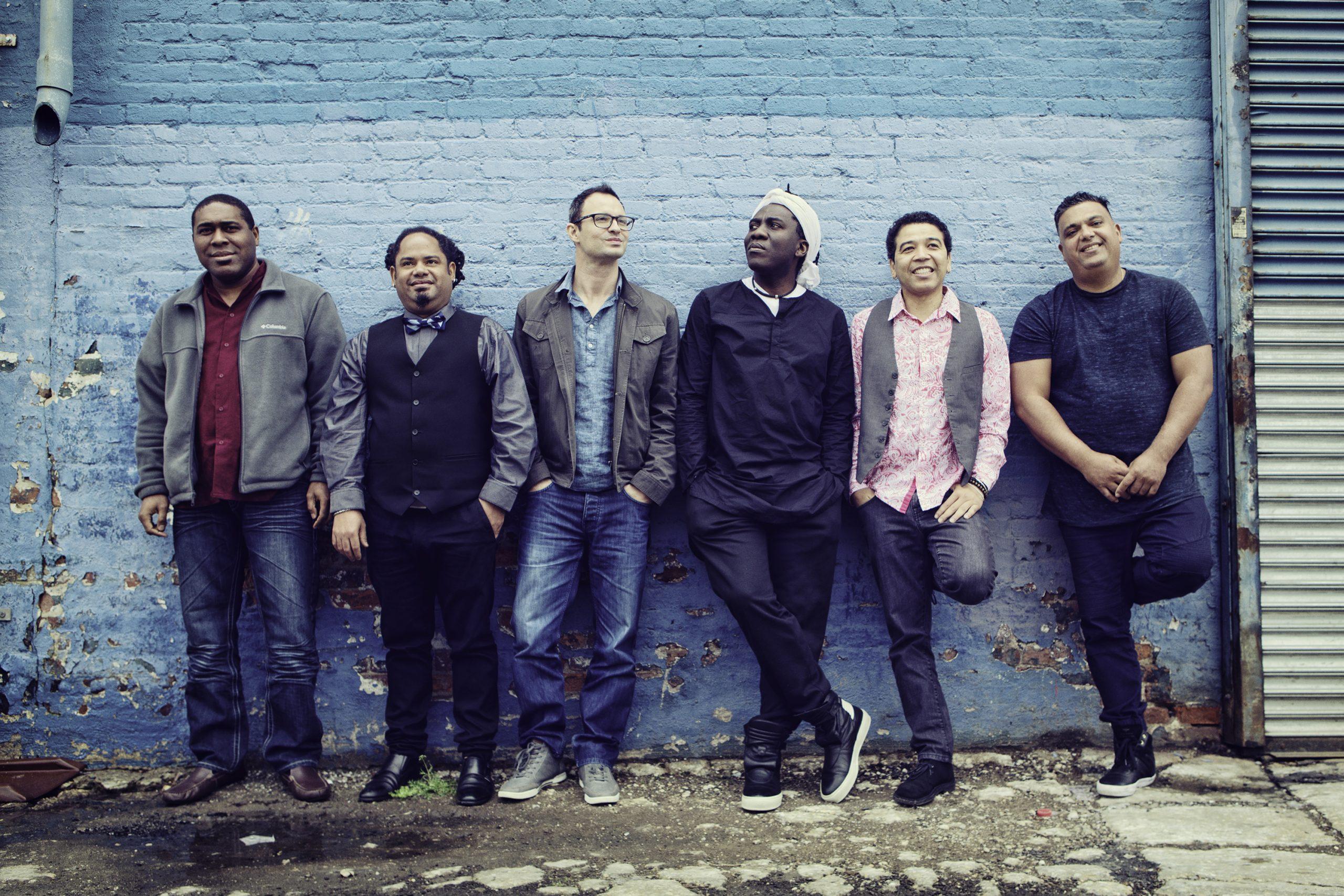 """""""Heritage"""", le nouvel album de Richard Bona avec le Mandekan Cubano, bientot dans les bacs."""